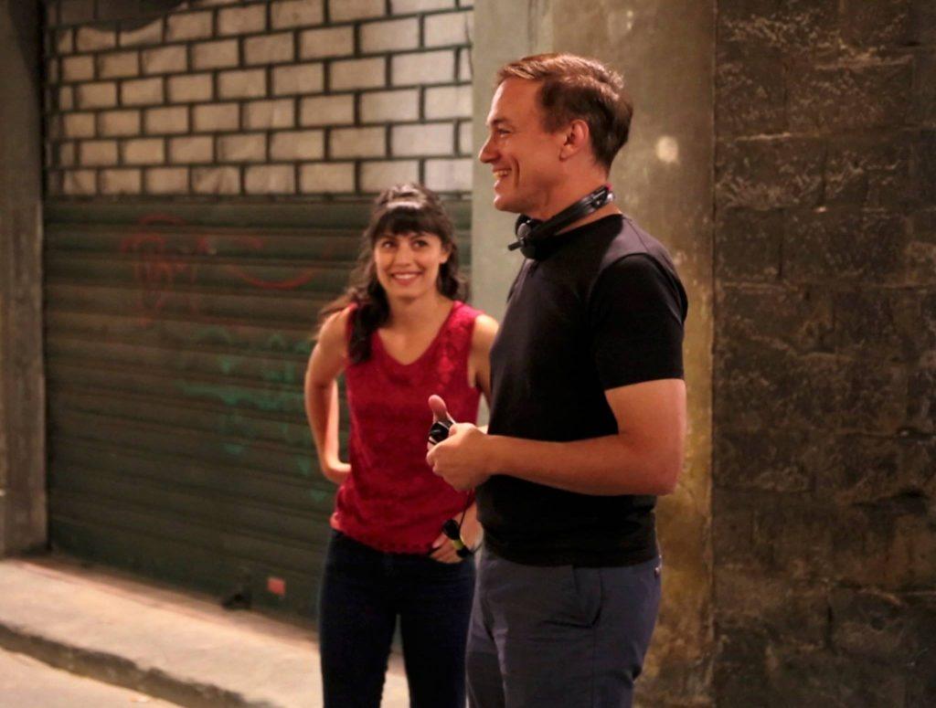 Alessandra e il regista Evan Oppenheimer sul set (foto inedita)